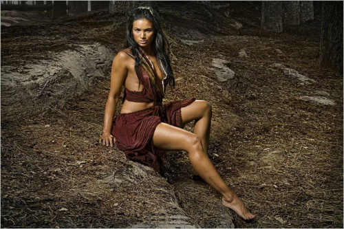 katrina-law-spartacus-vengeance-interview-2012-1024x683.jpg