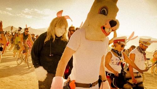 105-cliches-exceptionnels-du-burning-man-festival-le-rassemblement-surrealiste-dartistes-du-monde-entier19.jpg