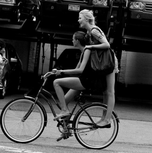 sartorialist.girlsbike.jpg