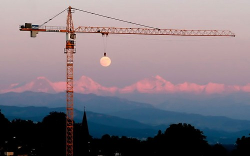 moon-crane-perfect-timing.jpg
