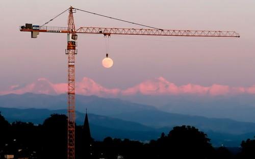 moon-crane-perfect-timing.jpg