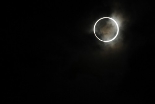 Video-Eclipse-solailre-annulaire-20-mai-2012-640x431.jpg