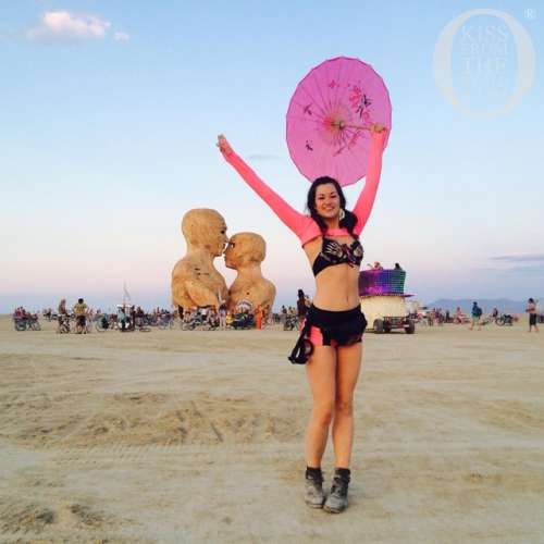 002_U.S.A.__Burning_Man___Welcome_Home__Kiss_From_The_World_travel_and_people_magazine.jpg