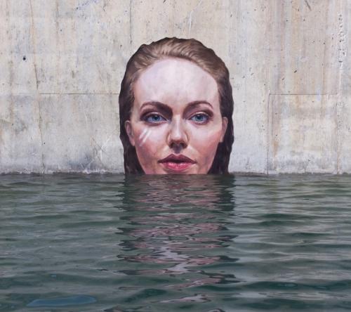 portrait-street-art-hula.jpg